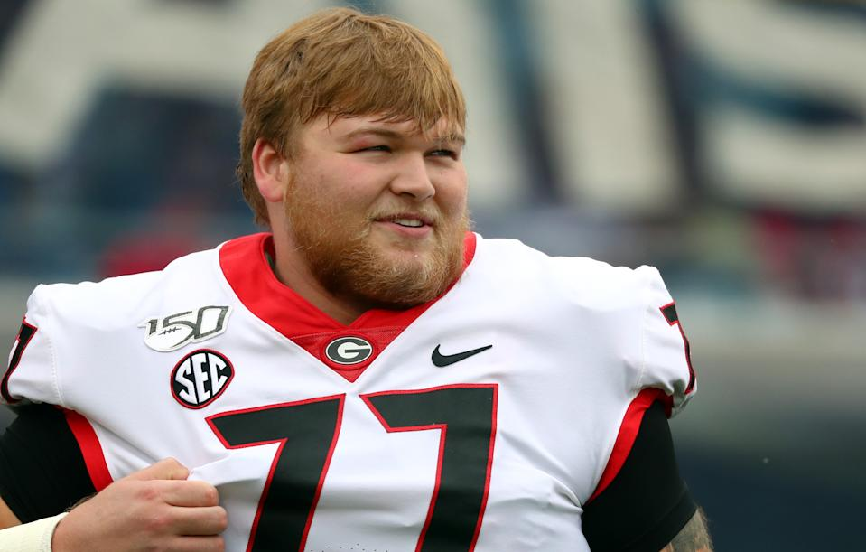 The father of soon-to-be former Georgia lineman Cade Mays had an ugly finger incident. (Kim Klement-USA TODAY Sports)