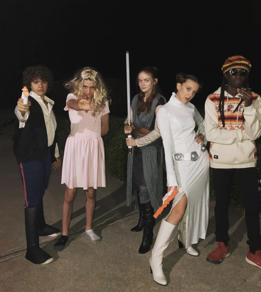 <p>The 'Stranger Things' actress donned white boots and twin buns to be Princess Leia for the night, while fellow cast member Sadie Sink helpfully stepped in as Rey. <i>[Photo: Instagram]</i> </p>