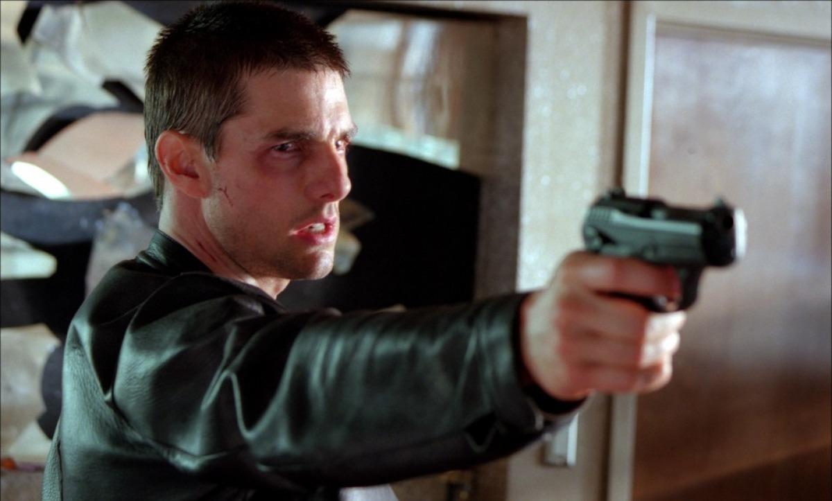 minority report and blade runner comparitive His 45 novels and over 210 short stories have been adapted into numerous films, including the blockbusters minority report, total recall, and blade runner, as well as impostor, paycheck, scanner darkly, next, and the adjustment bureau.