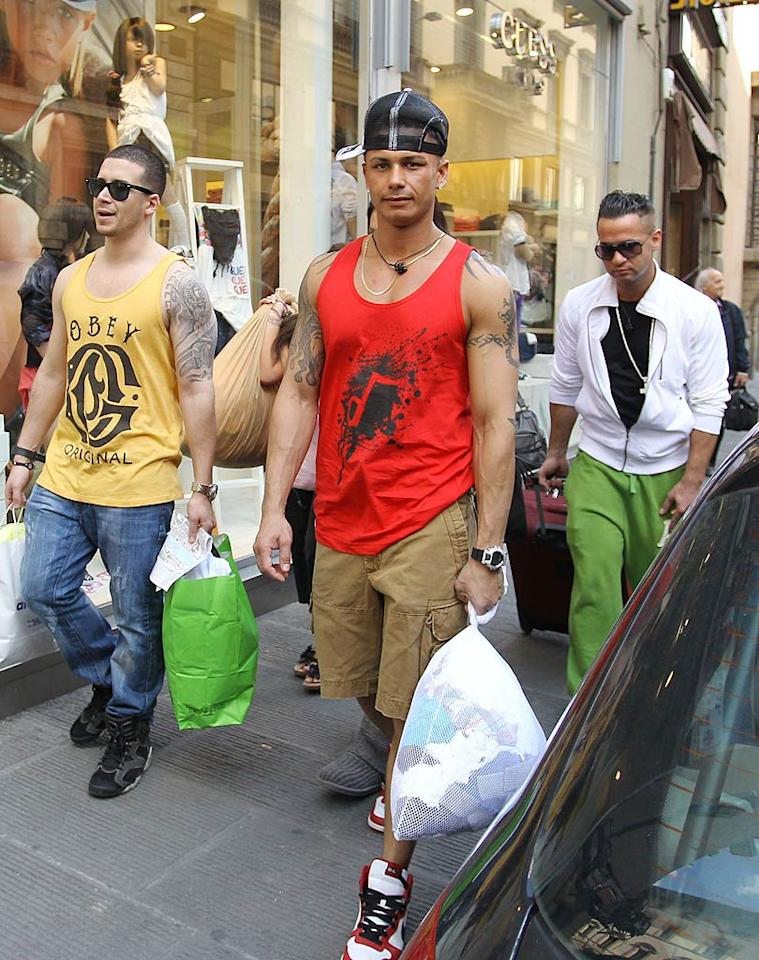 """Later, the guys fit in some GTL time. Think they're impressing the local ladies? Team Italy BAA/<a href=""""http://www.splashnewsonline.com"""" target=""""new"""">Splash News</a> - May 17, 2011"""
