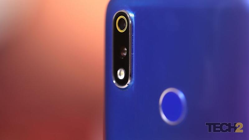 The dual-cameras on the Realme 3 Pro are great but not the best.