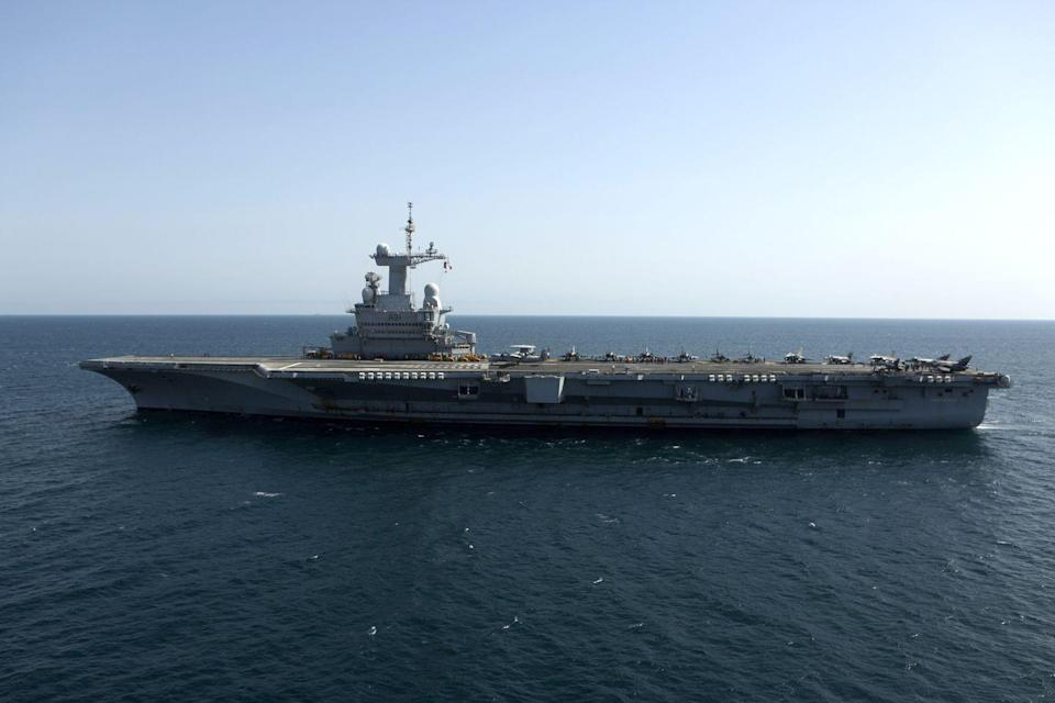 "<p>France has one working aircraft carrier, <em>Charles de Gaulle</em>. Commissioned in 2001, it measures 856 feet long and displaces 43,100 tons fully loaded. De Gaulle is the only nuclear-powered aircraft carrier in the world that's not part of the U.S. Navy. It has practically unlimited range. </p><p>The carrier typically supports an air wing consisting of 10 to 14 <a href=""https://en.wikipedia.org/wiki/Dassault_Rafale"" rel=""nofollow noopener"" target=""_blank"" data-ylk=""slk:Rafale M multi-role fighters"" class=""link rapid-noclick-resp"">Rafale M multi-role fighters</a>, 10 to 12 <a href=""https://en.wikipedia.org/wiki/Dassault-Breguet_Super_Étendard"" rel=""nofollow noopener"" target=""_blank"" data-ylk=""slk:Super Etendard attack jets"" class=""link rapid-noclick-resp"">Super Etendard attack jets</a>, two or three E-2C Hawkeye airborne early warning and control aircraft, and four to five search-and-rescue and transport helicopters. It's one of the few non-American carriers to have steam catapults to assist in takeoffs and arrestor wires to aid landings. </p><p>France is currently <a href=""https://www.popularmechanics.com/military/navy-ships/a33238285/france-new-aircraft-carrier/"" rel=""nofollow noopener"" target=""_blank"" data-ylk=""slk:developing a 70,000-ton aircraft carrier"" class=""link rapid-noclick-resp"">developing a 70,000-ton aircraft carrier</a>, dubbed PANG, which it plans to unveil in 2038. Once it's ready, it will carry roughly 32 NGF fighter planes and a few E-2D Hawkeyes on board.</p>"