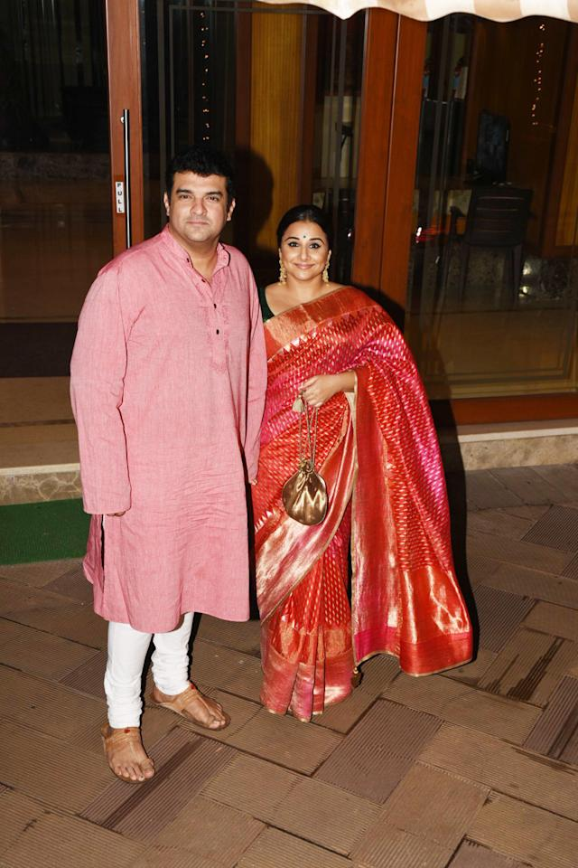 <p>Celebs glam up at Diwali parties </p>
