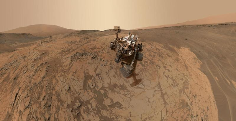 "MOUNT SHARP, MARS - JANUARY 2015: In this handout provided by NASA/JPL-Caltech/MSSS This self-portrait of NASA's Curiosity Mars rover shows the vehicle at the ""Mojave"" site, where its drill collected the mission's second taste of Mount Sharp. The scene combines dozens of images taken during January 2015 by the MAHLI camera at the end of the rover's robotic arm. (Photo by NASA/JPL-Caltech/MSSS via Getty Images)"