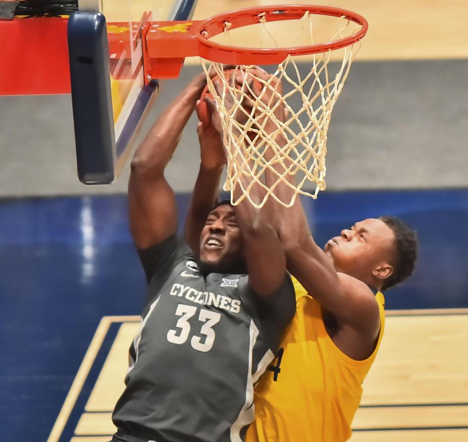 Kentucky Adds Former West Virginia Forward Oscar Tshiebwe