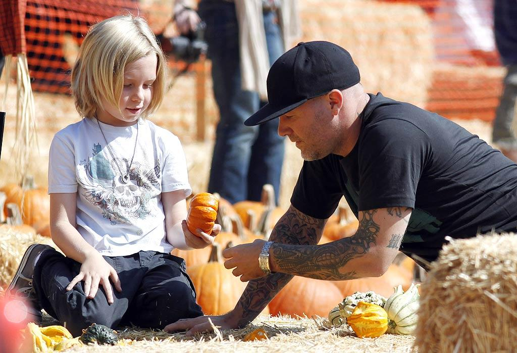"""Fred Durst's son, Dallas, won't need Dad's help carrying this one home. Jean Baptiste Lacroix/<a href=""""http://www.wireimage.com"""" target=""""new"""">WireImage.com</a> - October 10, 2009"""
