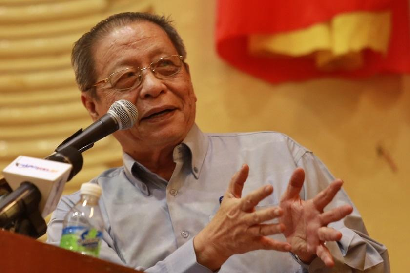 Lim Kit Sian gsaid what is urgently needed is to forge an 'all-of-government' and 'whole-of society' campaign against the third wave of the Covid-19 epidemic.— Picture by Saw Siow Feng