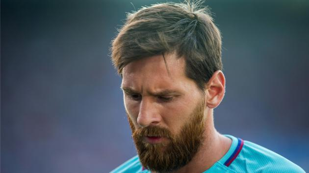 Barcelona's Soler dismisses reports of Messi contract stand-off