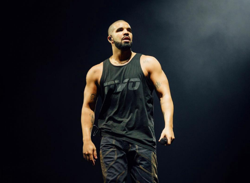 "Drake's ""One Dance"" Officially Becomes Most Streamed Song in Spotify History"