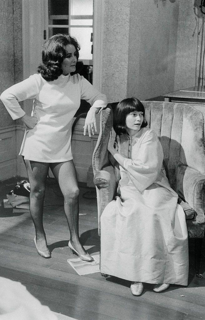 <p>Farrow didn't ditch her blonde pixie cut for <em>Secret Ceremony </em>with Elizabeth Taylor in 1968, she just wore a brunette bob wig for the role. Clearly, this is a common theme in Farrow's life at this time.</p>