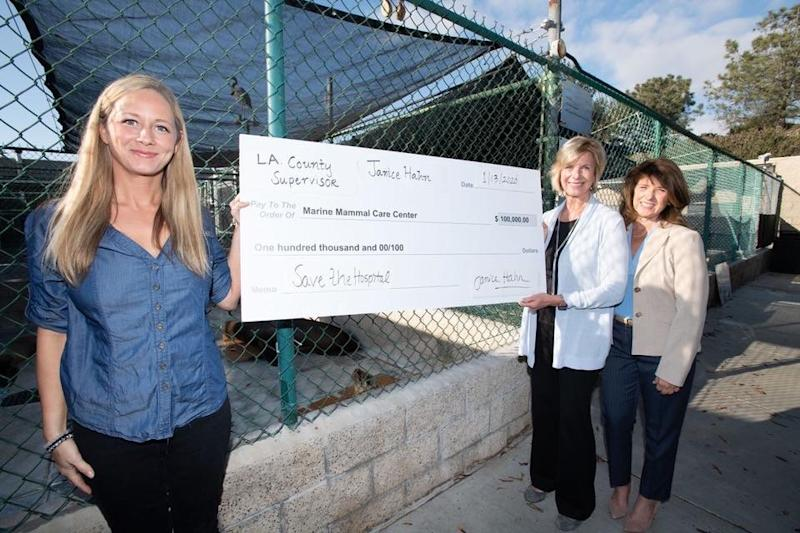 Los Angeles Country Supervisor Janice Hahn donated $100K to the center   Marine Mammal Care Center Los Angeles