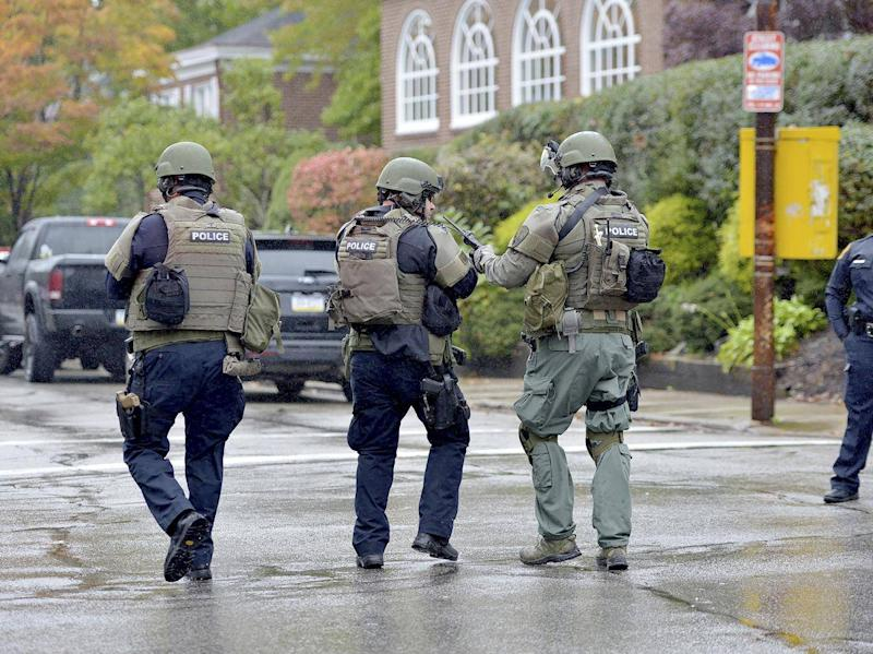 Police respond to an active shooter situation at the Tree of Life synagogue (AP)