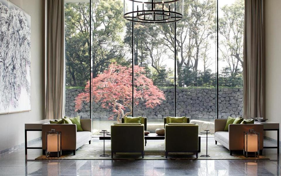 Palace Hotel Tokyo is a historic hotel with a contemporary interior overlooking the Imperial Palace moat in the heart of Tokyo