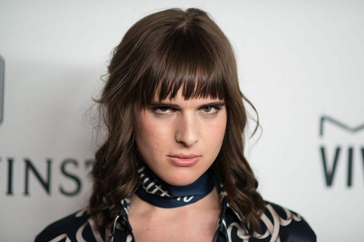 model hari nef just live tweeted her tracheal shave