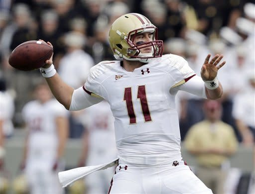 Boston College quarterback Chase Rettig (11) passes against Army during the first half of an NCAA college football game Saturday, Oct. 6, 2012, in West Point, N.Y. (AP Photo/Mike Groll)