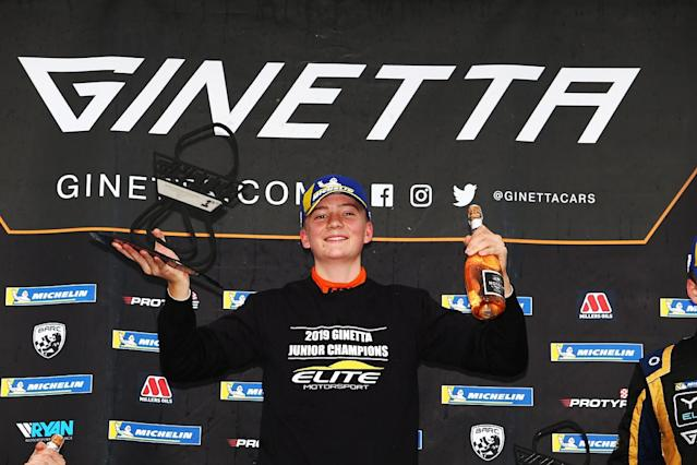 Hedley wins Ginetta Junior title at Brands Hatch