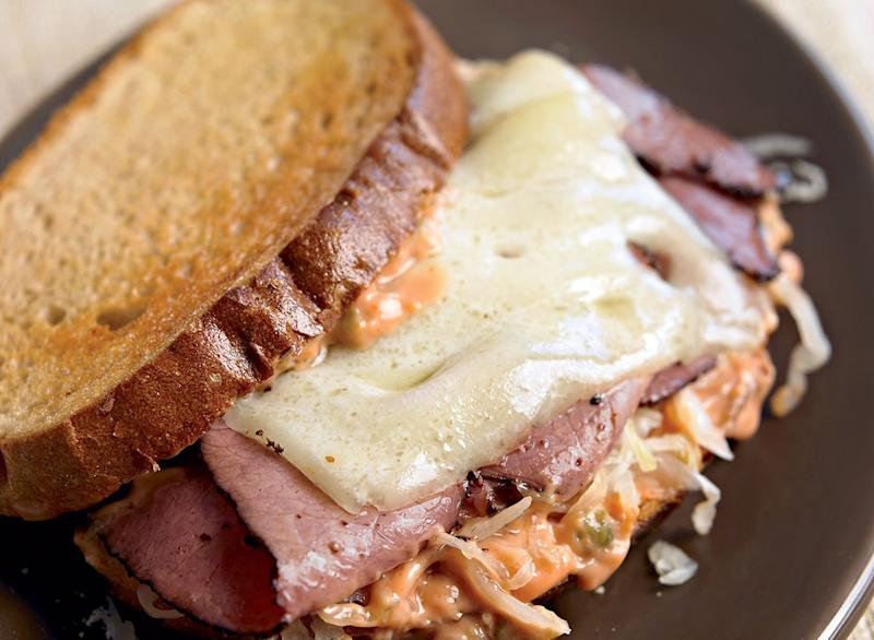 Healthy turkey reuben