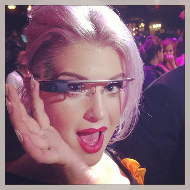 "<b>Kelly Osbourne</b><br /> ""I got to try on a pair of the #GoogleGlasses they are so cool it's out of this world amazing! #dsawards"" —<a href=""http://instagram.com/p/ccw5bUAb2w/"" target=""_blank"">@kellyosbourne</a>"