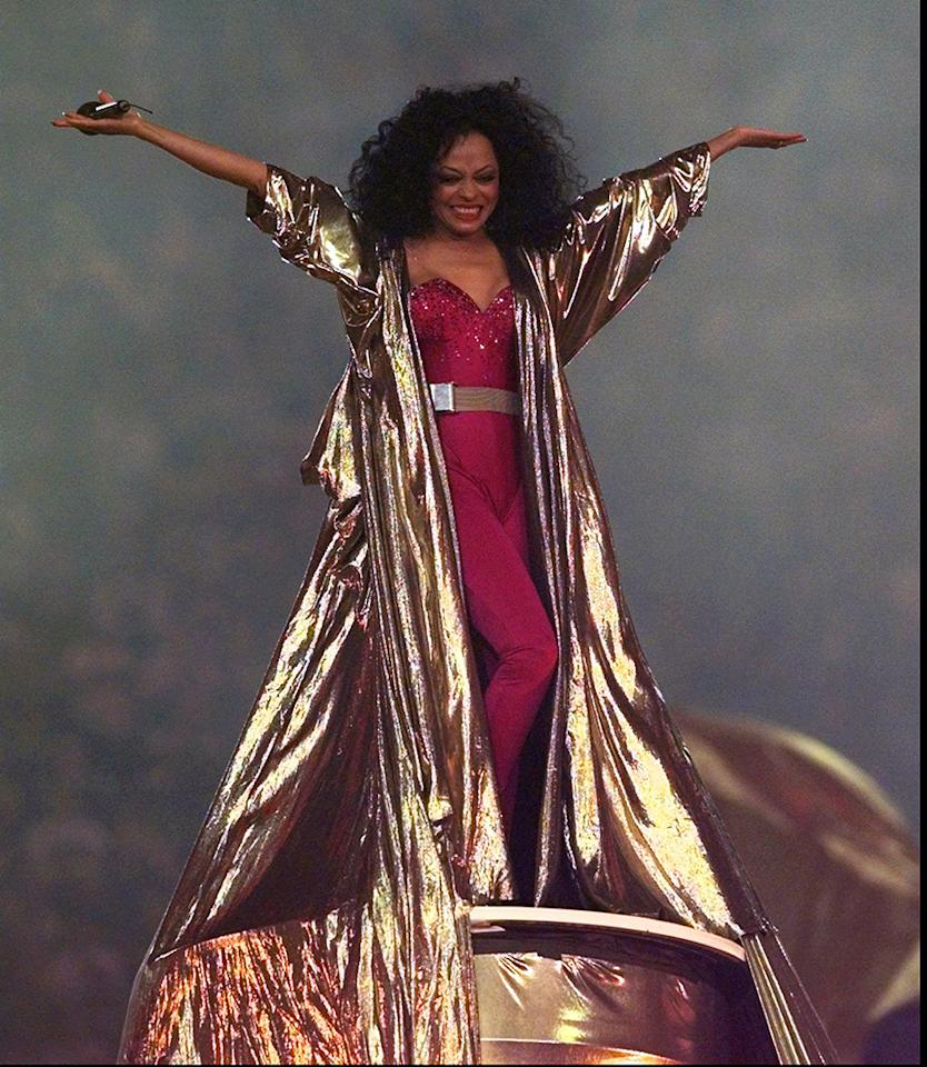 Diana Ross performs at the halftime show during Super Bowl XXX, where the Dallas Cowboys are playing the Pittsburgh Steelers in Tempe, Ariz., on Sunday, Jan. 28, 1996. (AP Photo/Amy Sancetta)