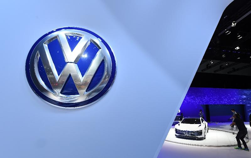 VW's total US sales for 2015 fell five percent to 349,400 vehicles