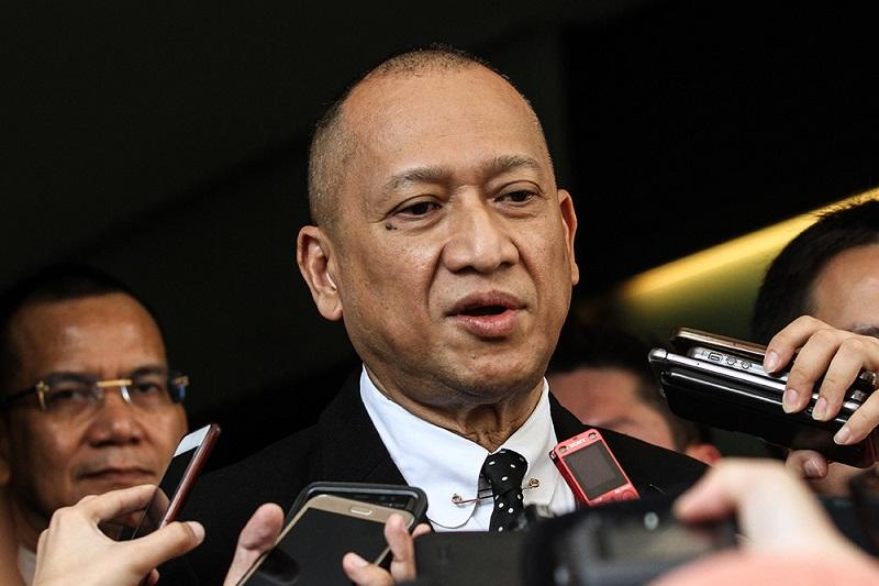 Datuk Seri Nazri Aziz voiced today his support for PKR president-elect Datuk Seri Anwar Ibrahim. — Picture by Miera Zulyana