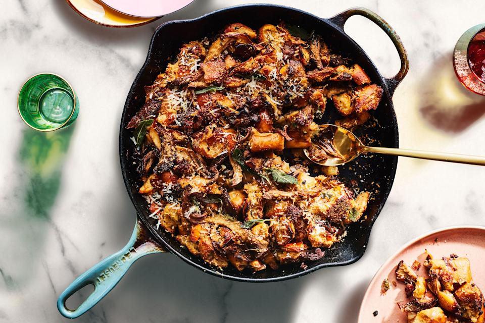 """Stuffing for Canadian Thanksgiving in less than an hour? Believe it. Cooking and baking the stuffing in the same skillet not only saves time, it cuts down on dishes, too. And we're all plenty tired of doing dishes. <a href=""""https://www.epicurious.com/recipes/food/views/skillet-stuffing-with-italian-sausage-and-wild-mushrooms?mbid=synd_yahoo_rss"""" rel=""""nofollow noopener"""" target=""""_blank"""" data-ylk=""""slk:See recipe."""" class=""""link rapid-noclick-resp"""">See recipe.</a>"""