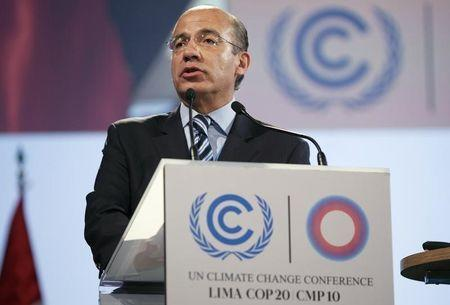 Felipe Calderon, former Mexican president, delivers a speech during the High Level Segment of the U.N. Climate Change Conference COP 20 in Lima in this December 11, 2014 file photo. REUTERS/Enrique Castro-Mendivil