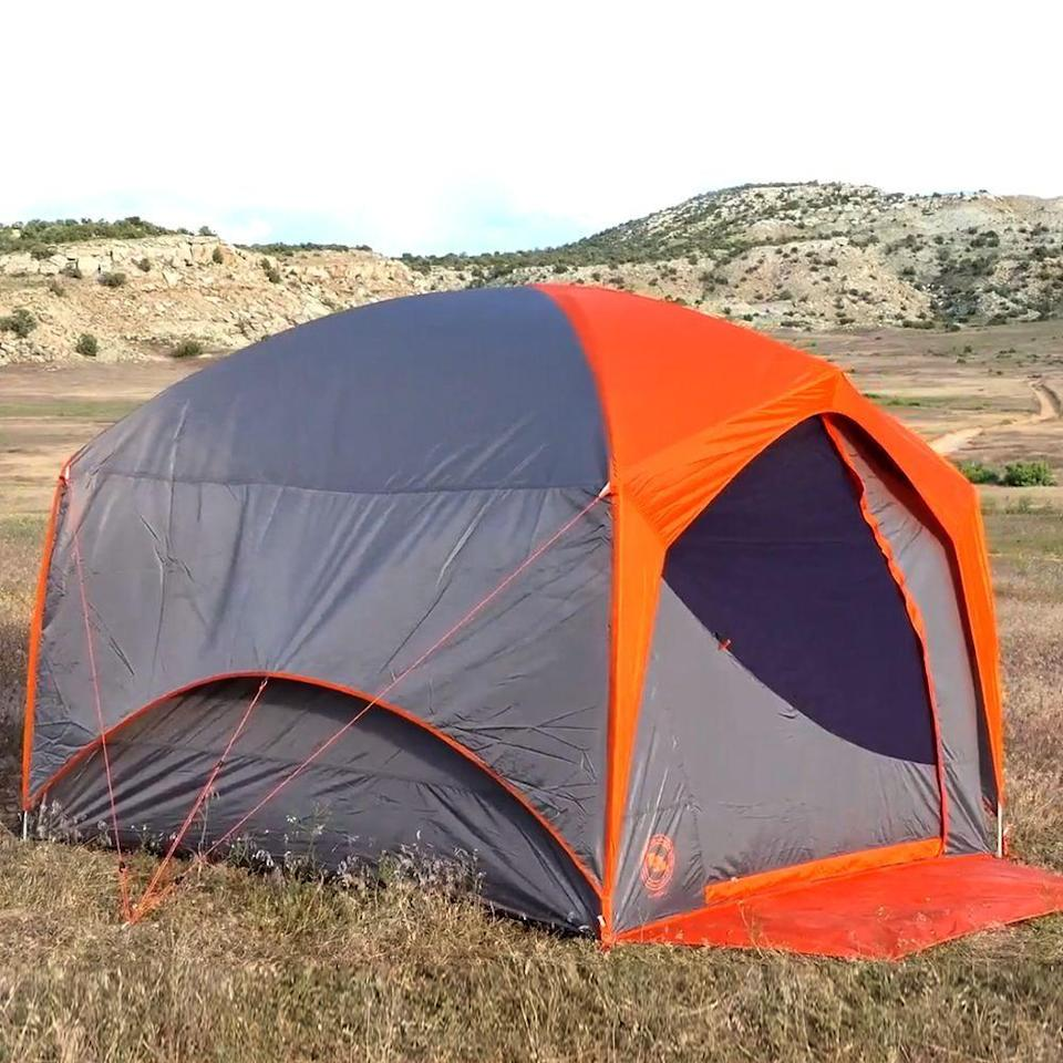 "<p><strong>Big Agnes</strong></p><p>rei.com</p><p><strong>$379.95</strong></p><p><a href=""https://go.redirectingat.com?id=74968X1596630&url=https%3A%2F%2Fwww.rei.com%2Fproduct%2F168526&sref=https%3A%2F%2Fwww.bestproducts.com%2Ffitness%2Fequipment%2Fg3197%2Fglamping-luxury-tents%2F"" rel=""nofollow noopener"" target=""_blank"" data-ylk=""slk:Shop Now"" class=""link rapid-noclick-resp"">Shop Now</a></p><p>Live in the lap of luxury on a National Park road trip with Big Agnes' Big House. It's much smaller than many glamping tents, but it's a plenty-spacious car camping tent that won't fill up your entire trunk. It's aimed at people who really want to stand while changing in the tent, with vertical sidewalls and a gracious 70-inch peak height that Mom and Dad will appreciate.</p><p>The Big House is one of the more storm-resistant standup tents around, thanks to sturdy aluminum poles, adjustable guylines, a double-wall construction, and a waterproof floor and fly that keep the elements out. </p><p>Thoughtful details like eight total interior pockets, a fold-out welcome mat, and an <a href=""https://www.amazon.com/Big-Agnes-Deluxe-Accessory-Vestibule/dp/B07582874J?tag=syn-yahoo-20&ascsubtag=%5Bartid%7C2089.g.3197%5Bsrc%7Cyahoo-us"" rel=""nofollow noopener"" target=""_blank"" data-ylk=""slk:optional front vestibule"" class=""link rapid-noclick-resp"">optional front vestibule</a> make the $379 cost seem like a small price to pay for a lifetime of memories on the road. </p>"