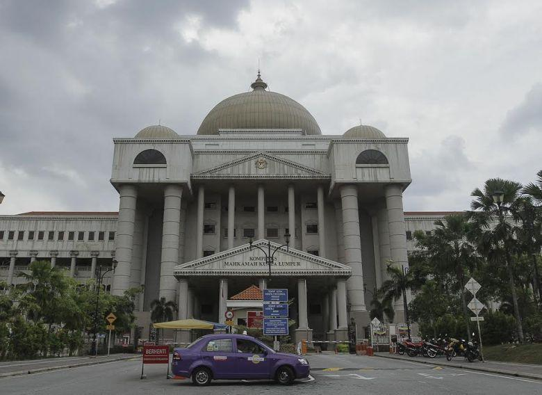 Witness Muhamad Azrai Mohamad Zaini told the Sessions Court that it would have been a conflict of interest for representatives of the Chinese company to have been present during these meetings when they would eventually bid for the open tender. —  Picture by Yusof Mat Isa