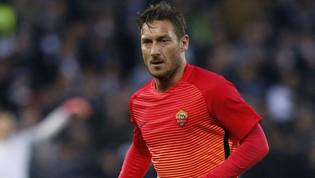 <p><strong>Total career travel: 759,620 km</strong></p> <br><p>The grandfather of football, Francesco Totti is still around, despite turning 40 last year. </p> <br><p>Roma's ultimate one-club man remains involved in first team affairs, despite making his debut for the team from the Italian capital back in 1992. An international with the Azzurri for many years, Totti's career is slowing down now, but his air mile count remains near the top. </p>
