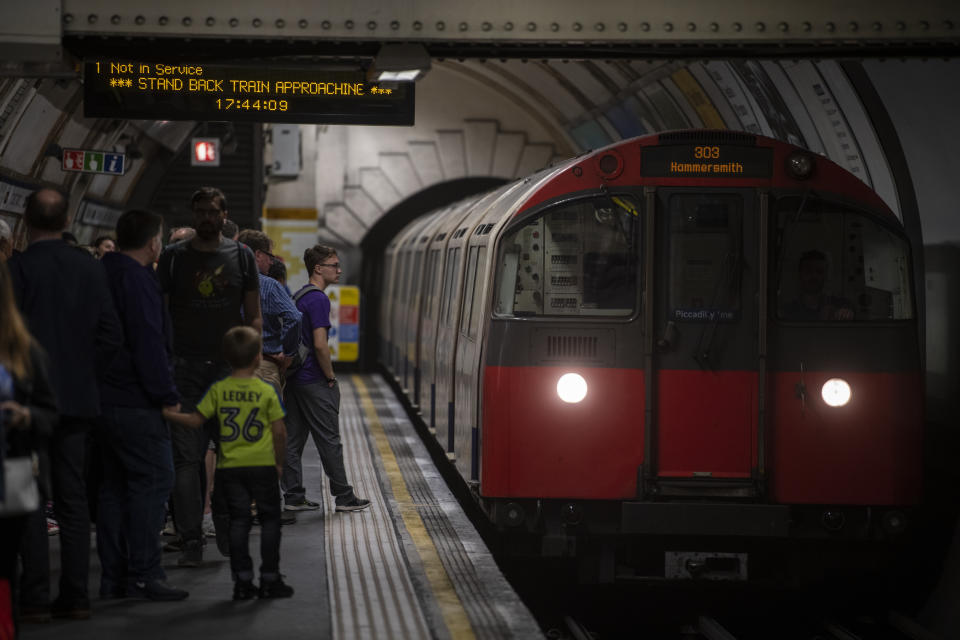 A Train belonging to London Underground pulling into a Tube Station in London, United Kingdom. 26 May 2019. (Photo by Vernon Yuen/NurPhoto via Getty Images)