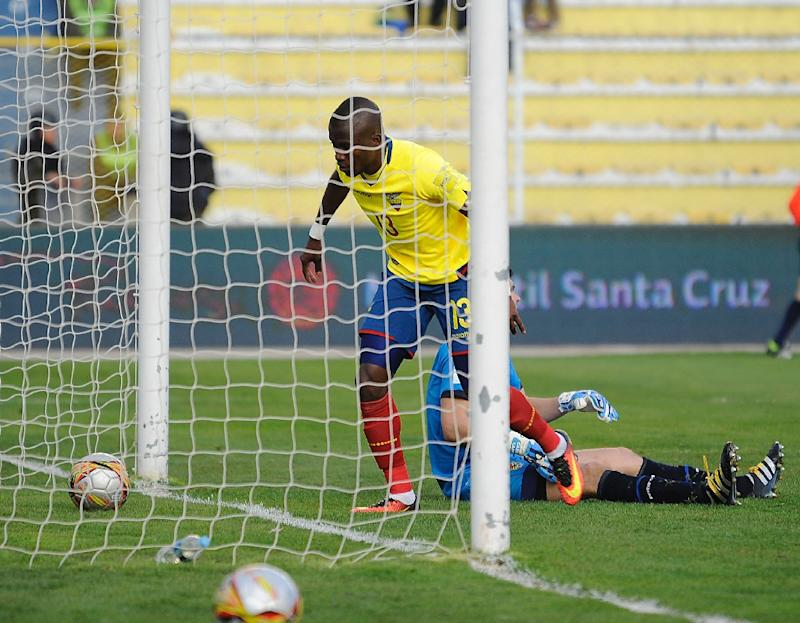 Ecuador's Enner Valencia scores his second goal against Bolivia during their Russia 2018 FIFA World Cup qualifier football match in La Paz, on October 11, 2016