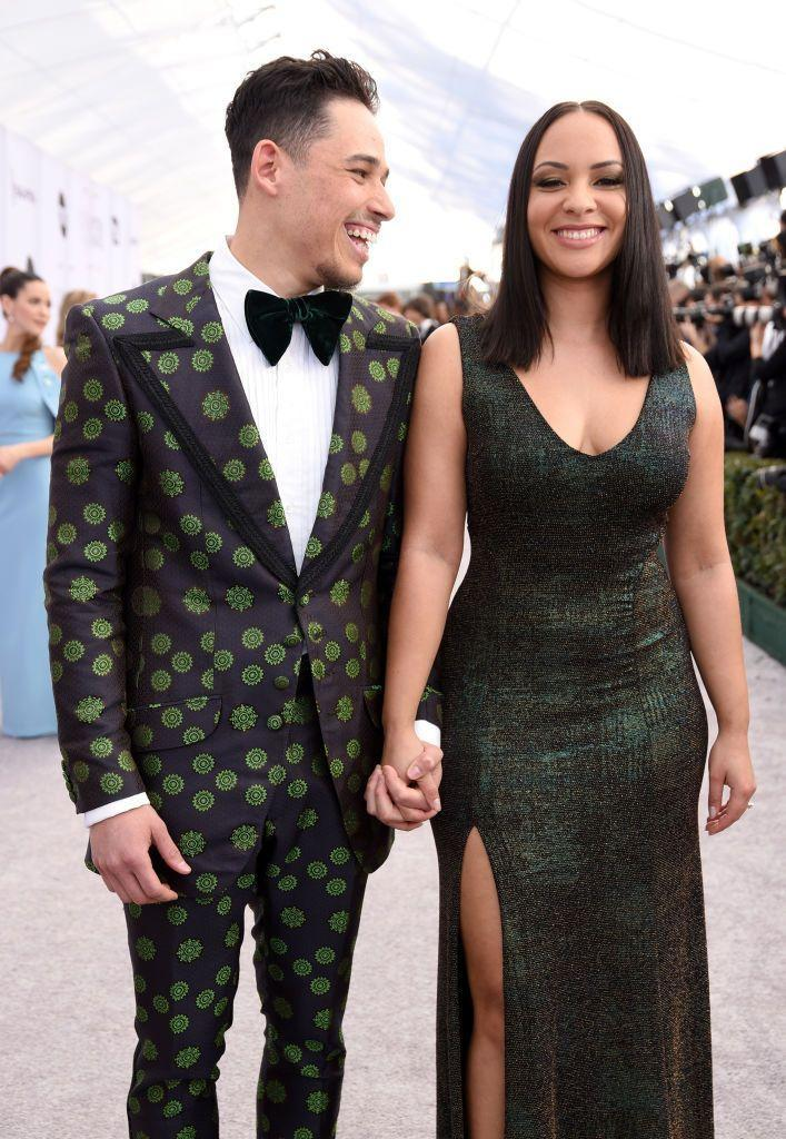 """<p>""""In this image, they are holding hands palm to palm, and their fingers are also interlocked, which tells us that they have a deep connection,"""" says Donaldson. Skin-to-skin contact is always a major giveaway—especially when it's happening publicly, she points out.</p><p>Their hands are also giving off a few clues: """"When holding hands, whoever's hand is crossing in front is often the more dominant person in the relationship,"""" Donaldson points out. Now, whether this body language speaks to only this moment or their relationship as a whole... either way, Anthony doesn't seem to have much of a problem with Jasmine taking the lead, considering his engaging expression.</p>"""