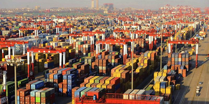 United States tariffs on Chinese imports take effect