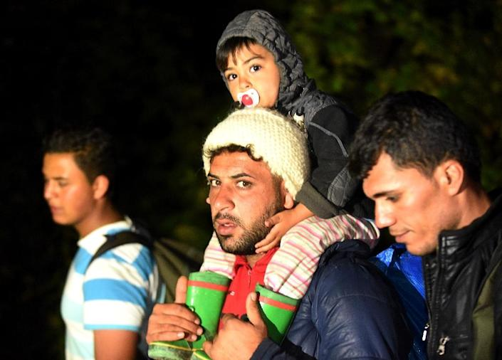 Hungarian police said 10,046 migrants, a new daily record, arrived on Wednesday from Croatia (AFP Photo/)