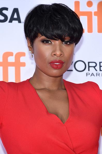 <p>Jennifer Hudson just can't get enough of the pixie look and has now returned to her shorter locks.<i> [Photo: Getty]</i></p>