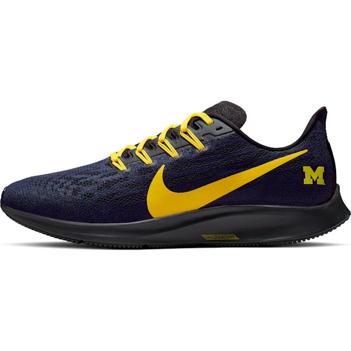 Men's Nike Navy/Maize Michigan Wolverines Air Zoom Pegasus 36 Sneakers