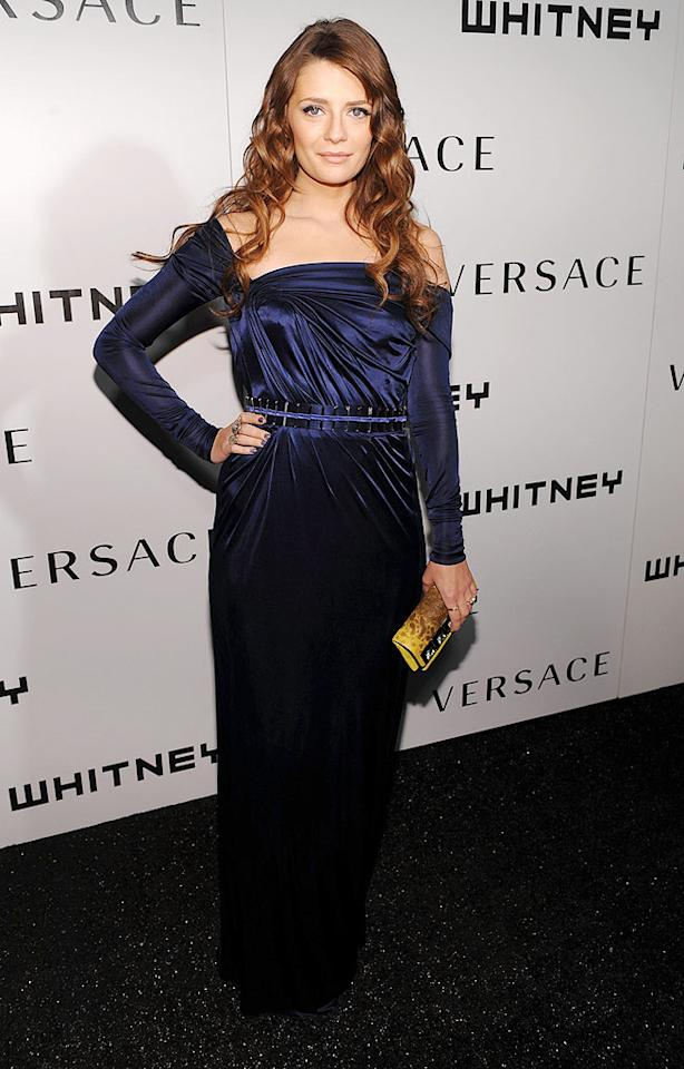 "Mischa Barton was feeling blue in her off-the-shoulder frock. Dimitrios Kambouris/<a href=""http://www.wireimage.com"" target=""new"">WireImage.com</a> - October 19, 2009"