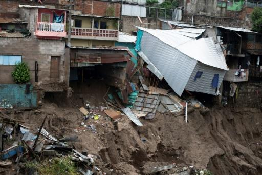 El Salvador bore the brunt of Tropical Storm Amanda, with 20 killed and 2,000 homes destroyed