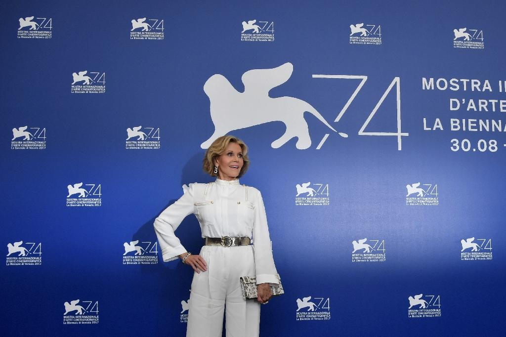 "US actress Jane Fonda attends the photocall of the movie ""Our Souls at Night"" presented out of competition during the 74th Venice Film Festival on September 1, 2017 at Venice Lido (AFP Photo/Tiziana FABI)"