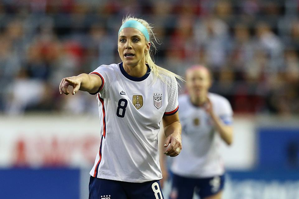 The USWNT has started moving their compensation structure in the direction of eliminating guaranteed salaries entirely. (Photo by Mike Stobe/Getty Images)