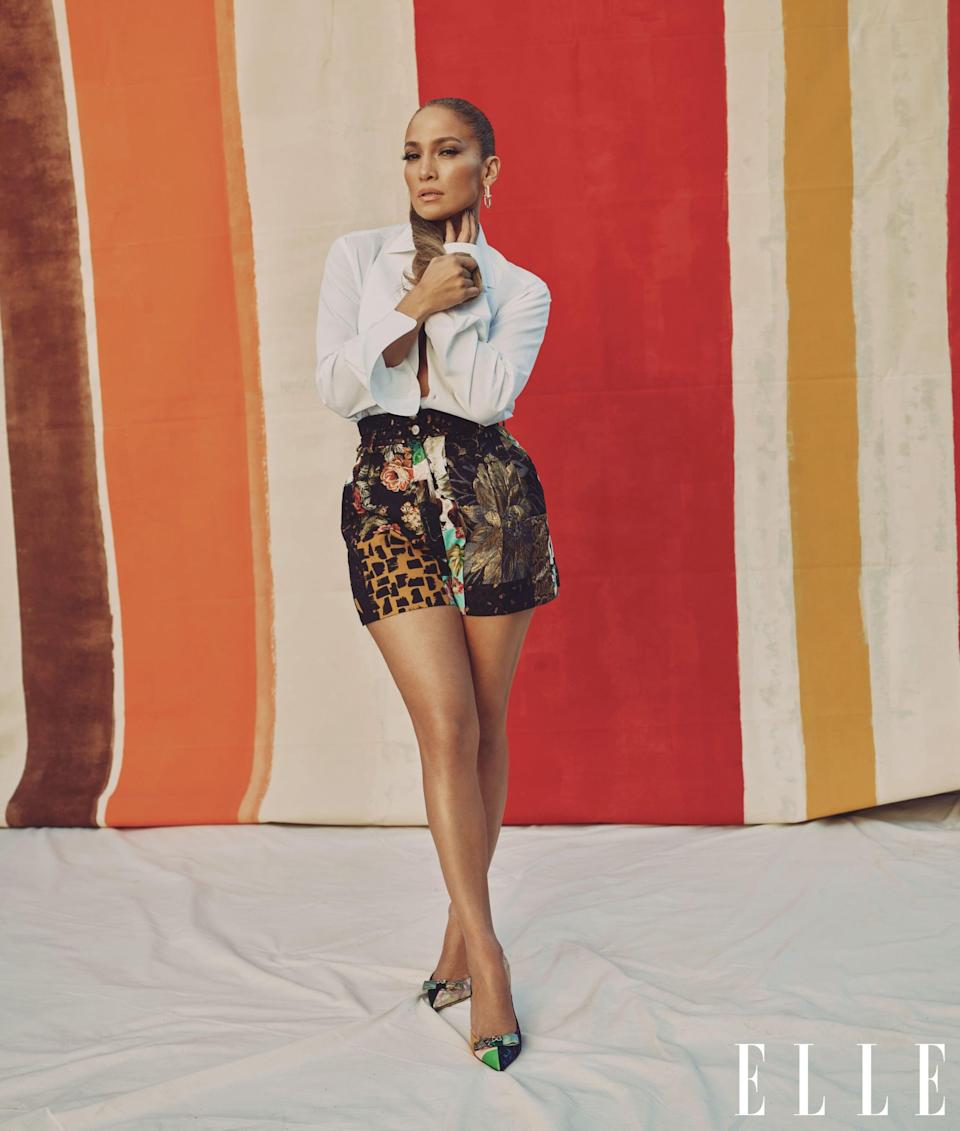 <p>J Lo wears a full Dolce &amp; Gabbana look with Tiffany &amp; Co. earrings.</p>