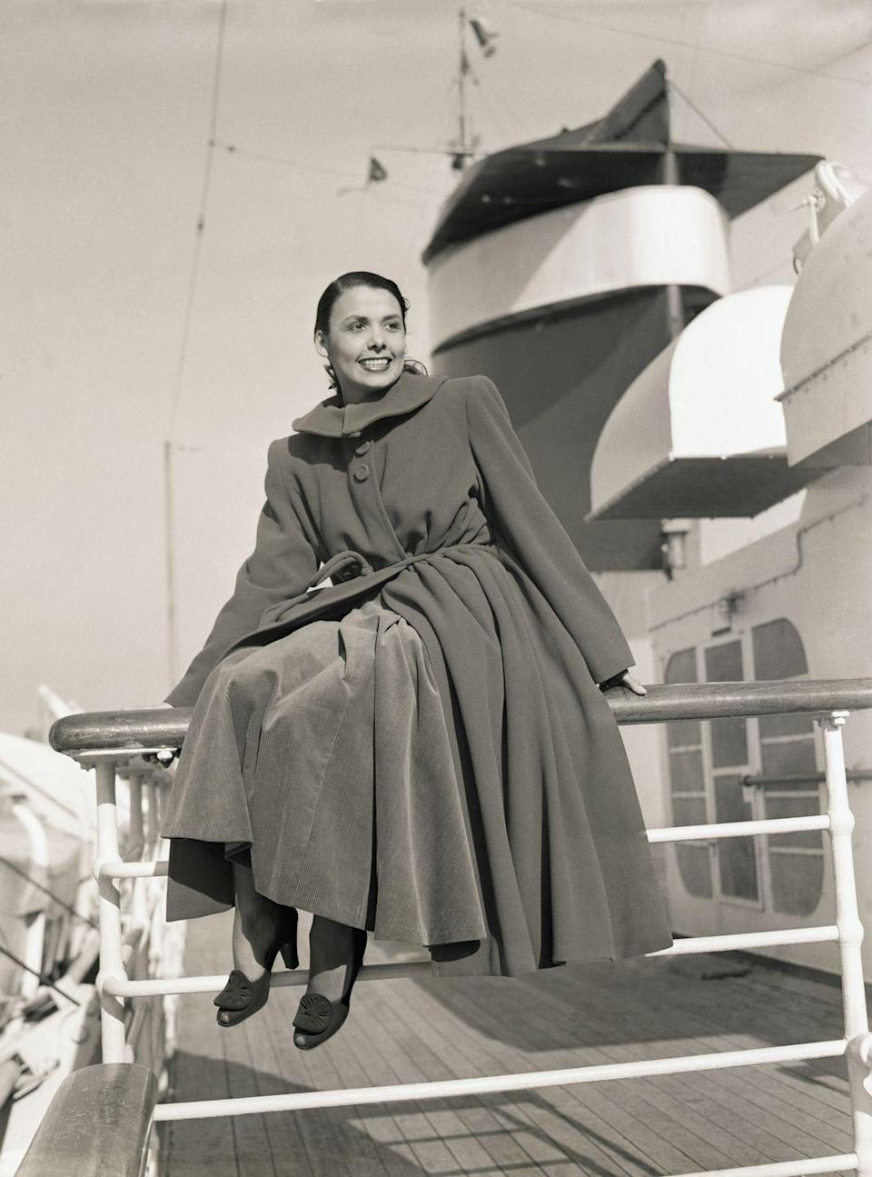 <p>In December 1947, Lena Horne set sail on the SS America. The famous singer, who was starring in shows in Paris and London at the time, journeyed home to St. Albans, New York to spend the holidays with her family. </p>