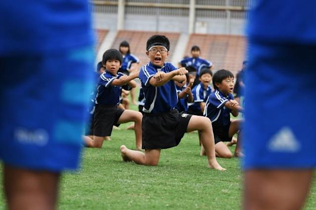 Japanese children performed a haka for New Zealand players (AFP Photo/CHARLY TRIBALLEAU)