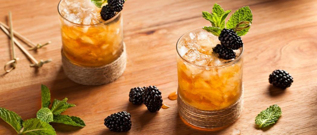 """<p>You don't have to be at Churchill Downs to enjoy the sweet taste of a proper mint julep, and you don't have to sip a julep to toast the running of the roses. Whether you're going for classic sips or want to shake up your home bar options, these are the recipes <a href=""""https://www.townandcountrymag.com/the-scene/parties/news/a3041/how-to-throw-a-kentucky-derby-party/"""" target=""""_blank"""">your Derby Day party</a> needs. </p>"""
