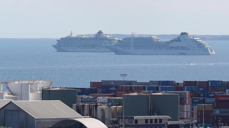 CRUISE SHIPS PERTH