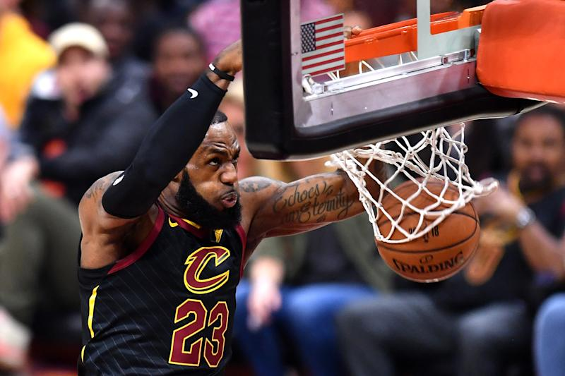 LeBron, Cavaliers seem resigned to a Warriors win