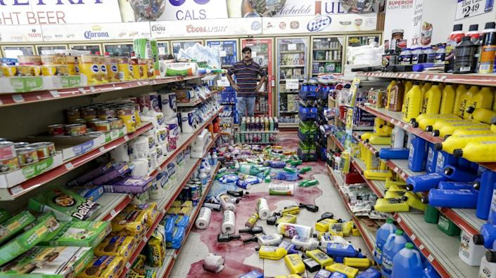 "Javaid Waseem's store, the Minit Gas Station, was shaken by the July 4 and 5 earthquakes in 2019 in Ridgecrest, Calif. <span class=""copyright"">(Irfan Khan / Los Angeles Times)</span>"