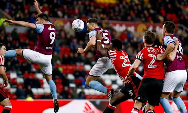 Aston Villa's Grabban and Chester pile more misery on Sunderland