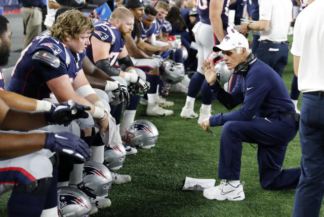 New England Patriots offensive line coach Dante Scarnecchia is retiring. (Fred Kfoury III/Icon Sportswire via Getty Images)